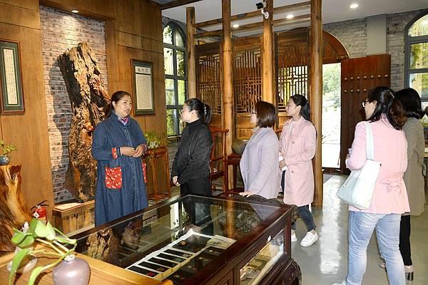 涪陵区妇联党组书记、主席杨陵一行调研涪州书院·妇女微家